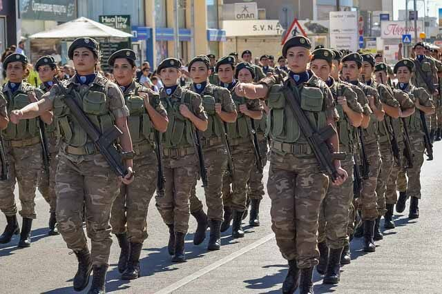 Female-Soldiers-Asset-or-Liability-man-woman-myth